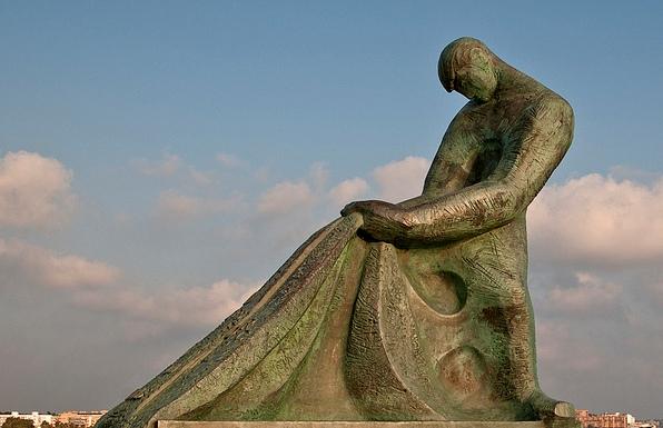 Статуя Рыбака Салоу Испания