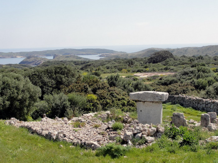 Taula-de-Menorca