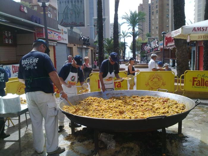 paella-gigante-dia-del-turismo